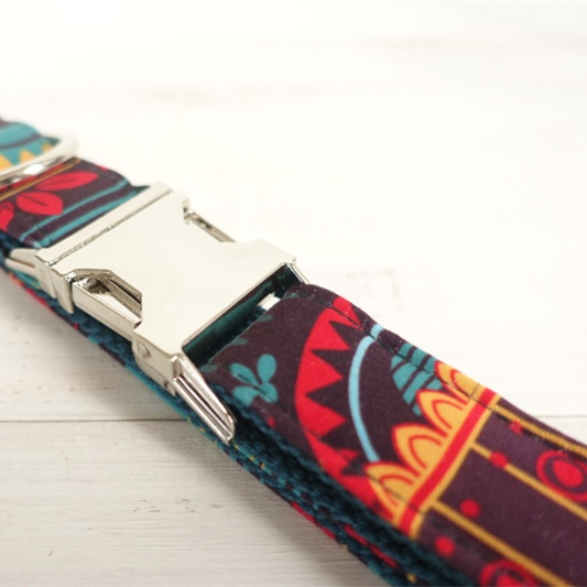 Leaves Patterned Dog Collar