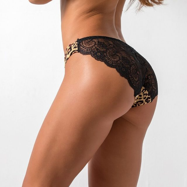 Woman panties fancy lace